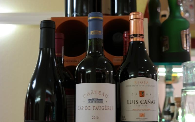 Rot- und Weißweine im Restaurant in Bad Arolsen